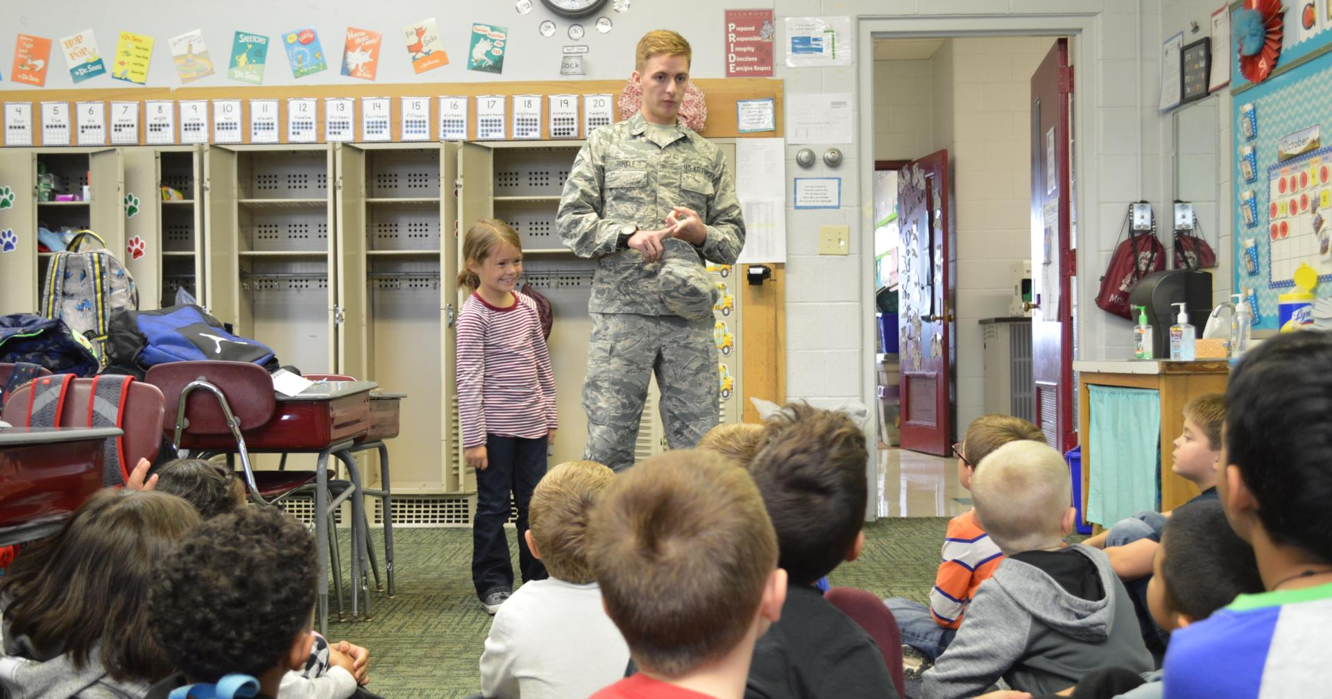 Air Force Member visiting Glenwood Elementary class.
