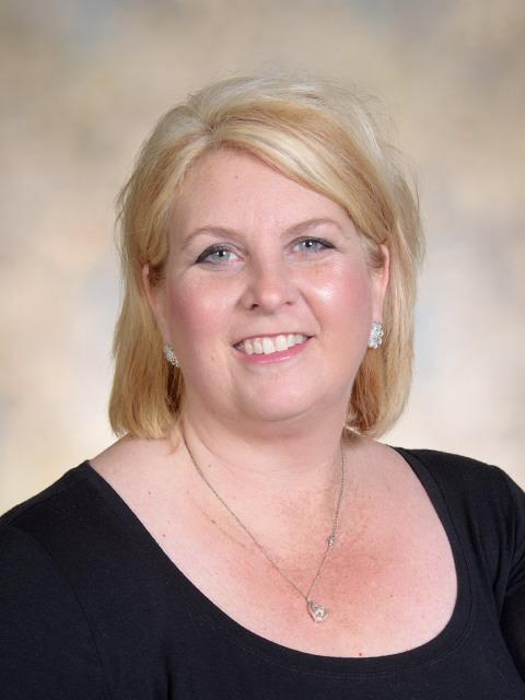 Tricia Soltesz, Starr principal