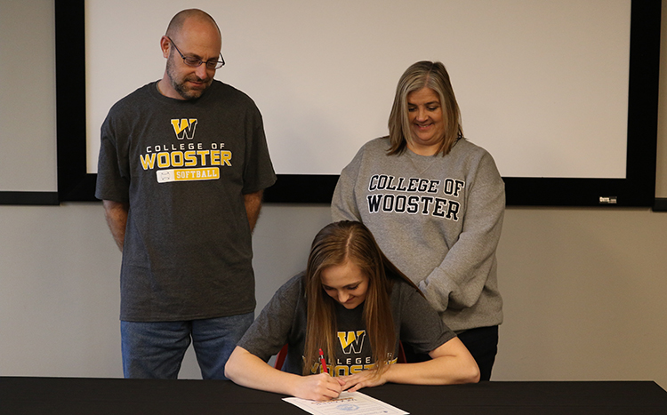 Amber Hooks Wooster